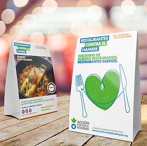 Table Tent Card Mockup Free 2019.png