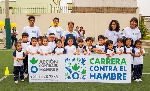voluntarios_+_cartel_+_niños.png