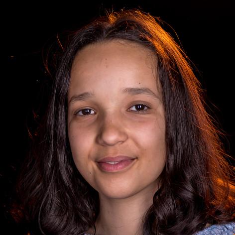 Djamila, 12, Guinea / Schweiz