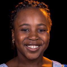 Lena, 8, Kamerun