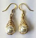 gold drop pearl earrings 2.jpg