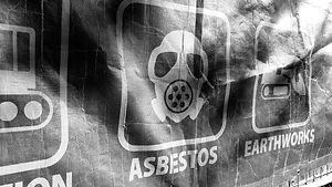 Asbestos%20warning%20signtage%20at%20con