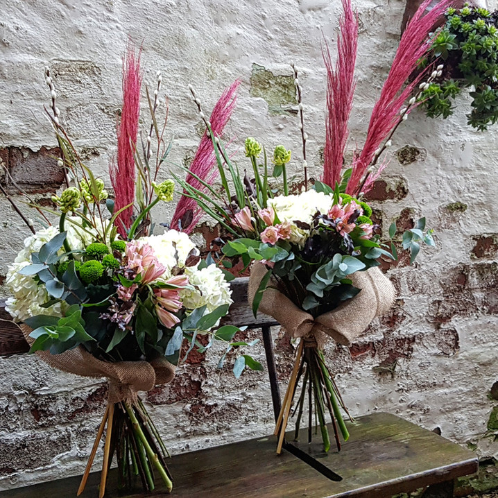 Hesian wrapped bouquets