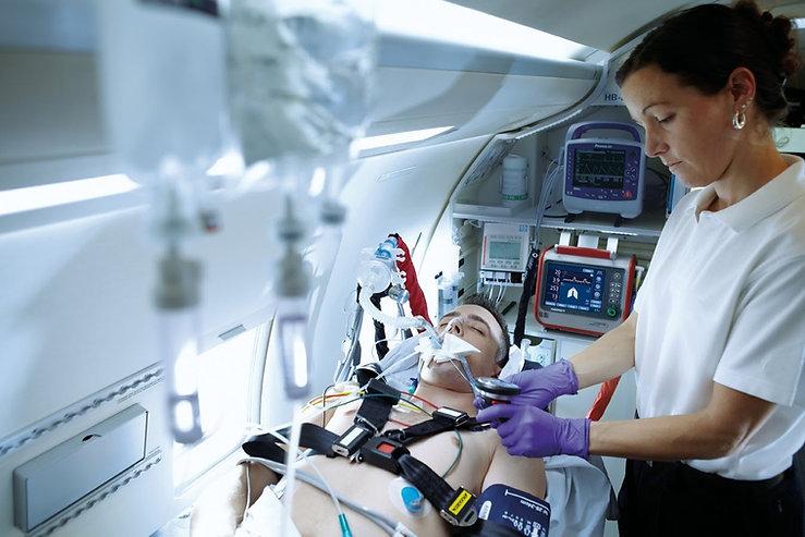 özel_ambulans_ventilator.jpg