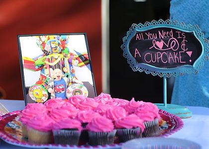 MamasNightOutTexas_Cupcakes.jpg