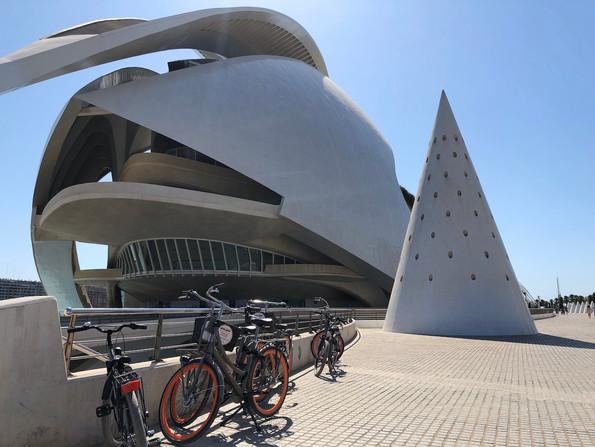 Op de fiets, ontdek de stad op oer-Hollandse wijze