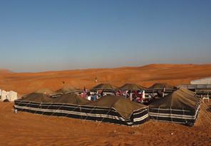 Dubai overnachten in de woestijn