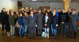 Op de foto met de 'agenten' in de Sovjet bunker.