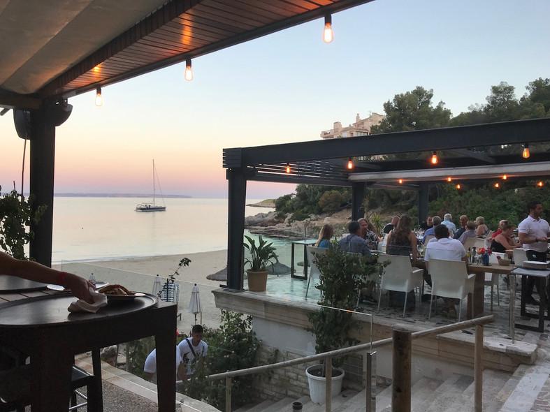 Dineren bij een Beachclub