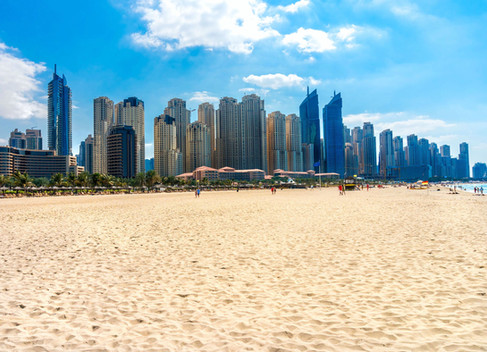 Het strand bij de Dubai Marina