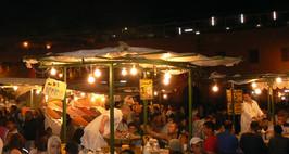 Eten op het Djeema El Fna plein