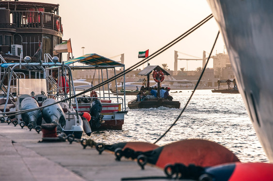 Neem het authentieke bootje naar de oude stad