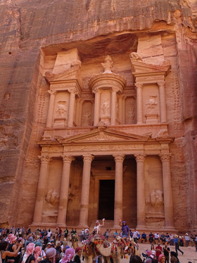 Petra de Treasury (schatkamer)
