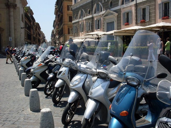 Scooter tour Rome