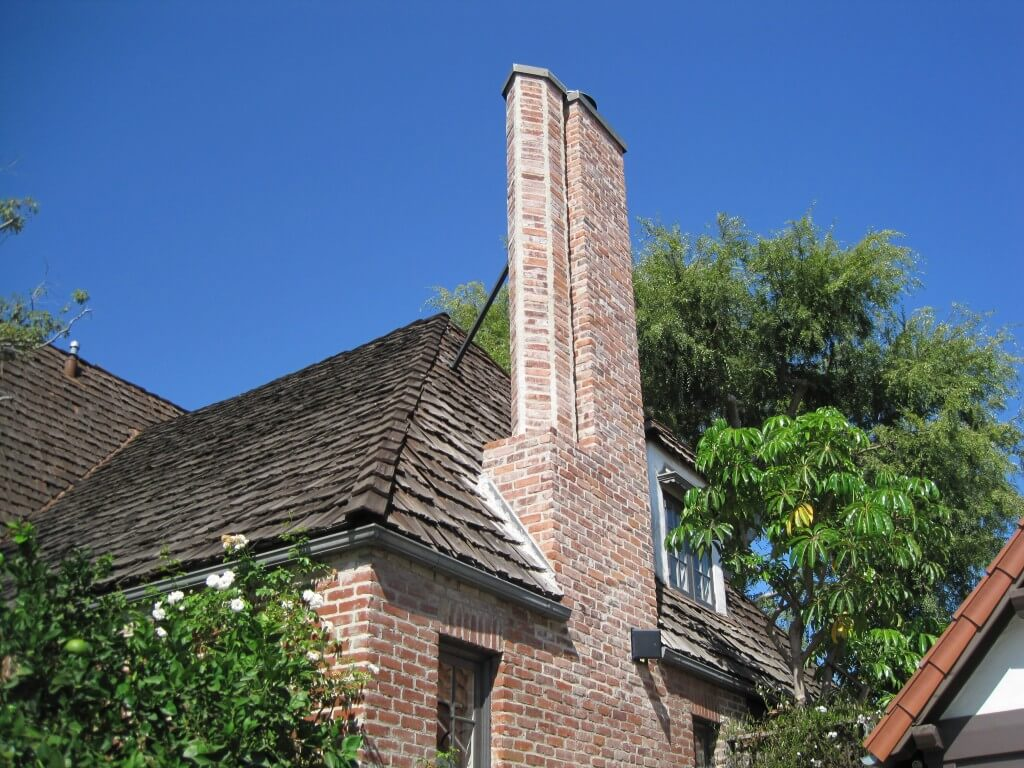 Tuckpointing & Brick Repair