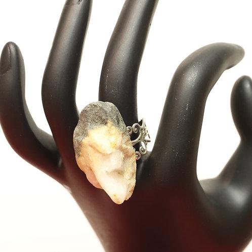 Decorative Stone Ring