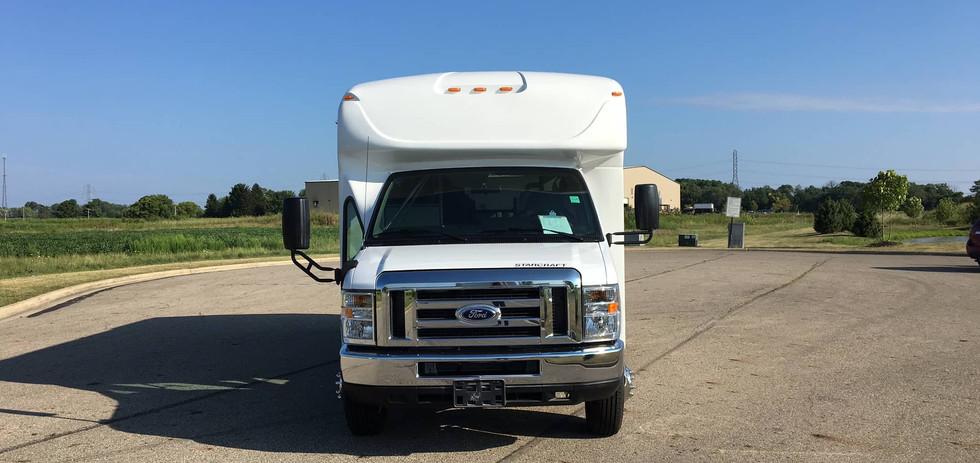 Ford Starcraft Allstar 8&4 bus