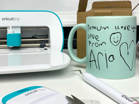 How to turn handwriting into a vinyl sticker! Ft. Cricut | AD