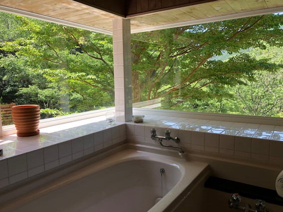 Shimoda House Cottage Bathroom 02