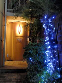 入り口_夜