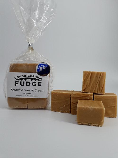 Strawberry and Cream Fudge 150g bag