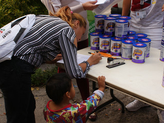 Campaña de nutrición infantil. Donamos formula para bebé en la colonia Guerrero