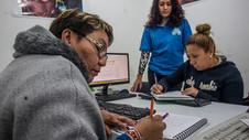 Curso de Computación para madres solteras y mujeres de la tercera edad en el DF