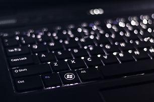keyboard-932370_1920.jpg