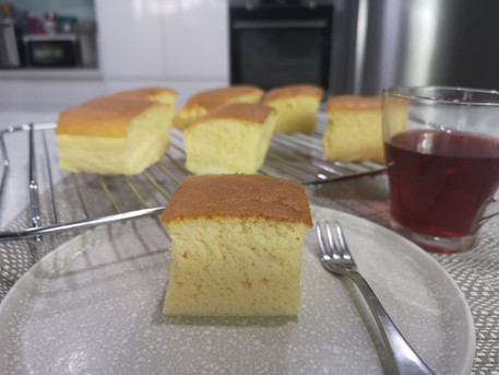 簡單容易做·口感極佳的乳酪(酸奶)古早蛋糕 |Yoghurt Castella Cake