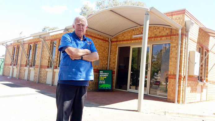 Dr Tony Atyeo outside the new Gawler Vet