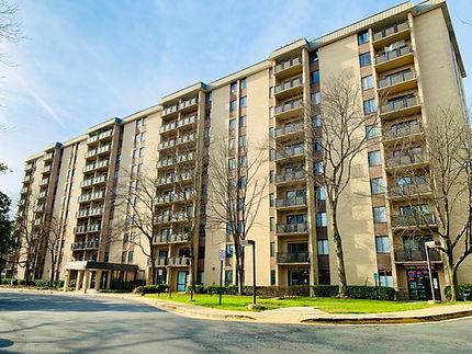 Woodlake Towers Condominium.jpg