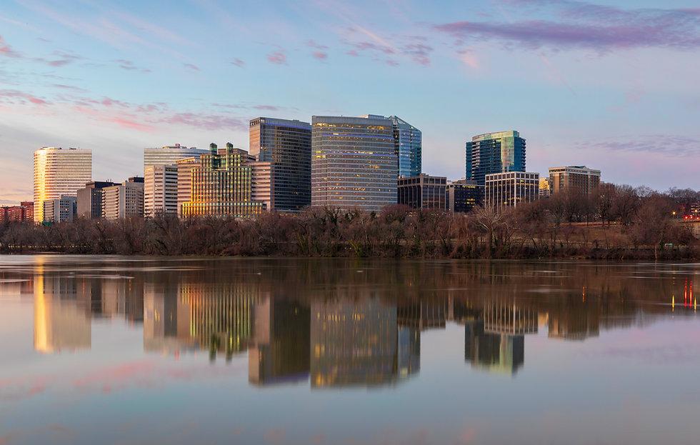Cityscape of buildings in Arlington Coun