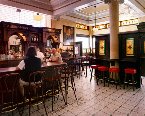 johnny-foleys-interior-and-bar-san-franc