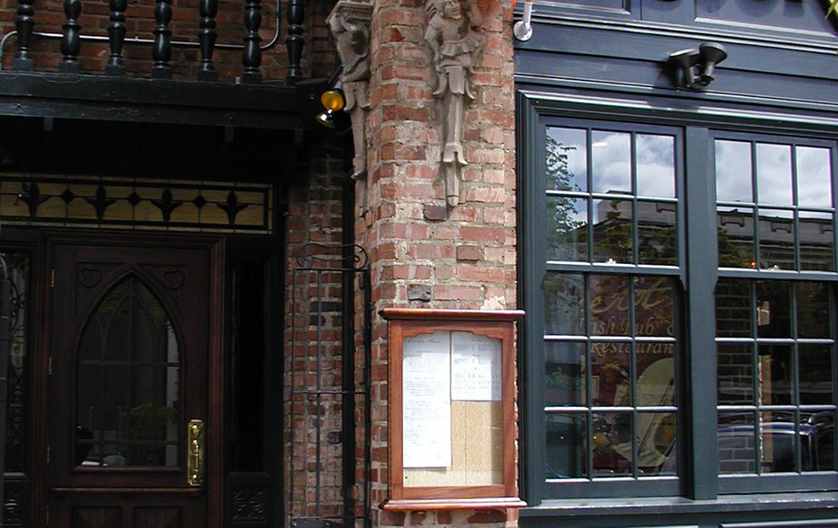 wallace-and-hinz-custom-residential-commercial-bar-company-made-in-usa-Beckett's 1.jpg