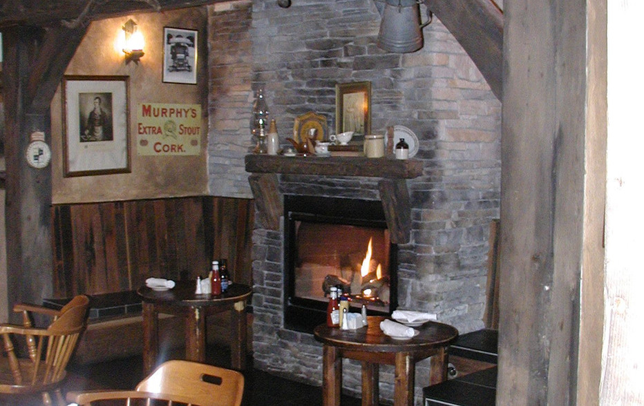 wallace-and-hinz-custom-residential-commercial-bar-company-made-in-usa-Beckett's Fireplace