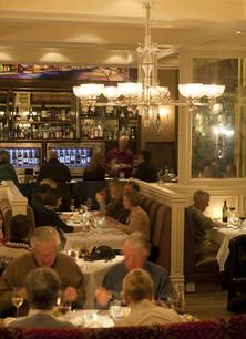 wine-bar-at-the-new-sheridan-hotel-tellu