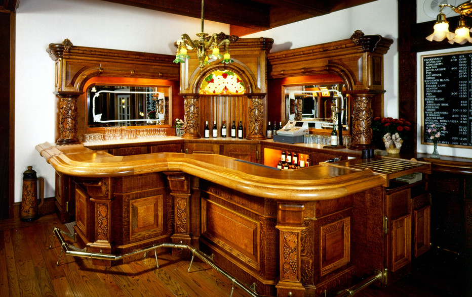 wallace-and-hinz-custom-residential-commercial-bar-company-made-in-usa-Harvest Inn.JPG