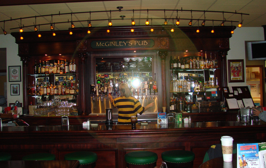 wallace-and-hinz-custom-residential-commercial-bar-company-made-in-usa-29.JPG