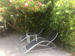 small pool deck chairs
