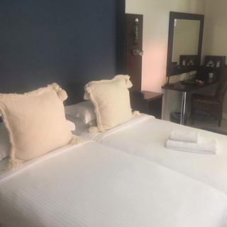 Room bed detail