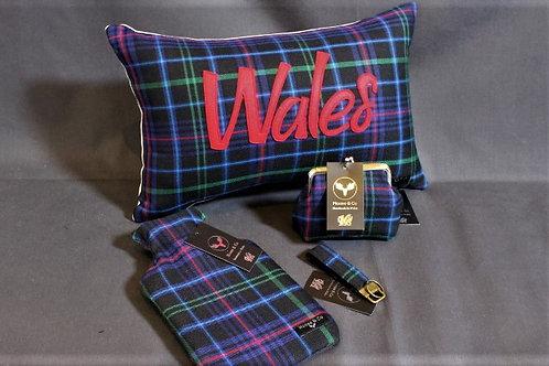 Pride of Wales Welsh Tartan Gift set