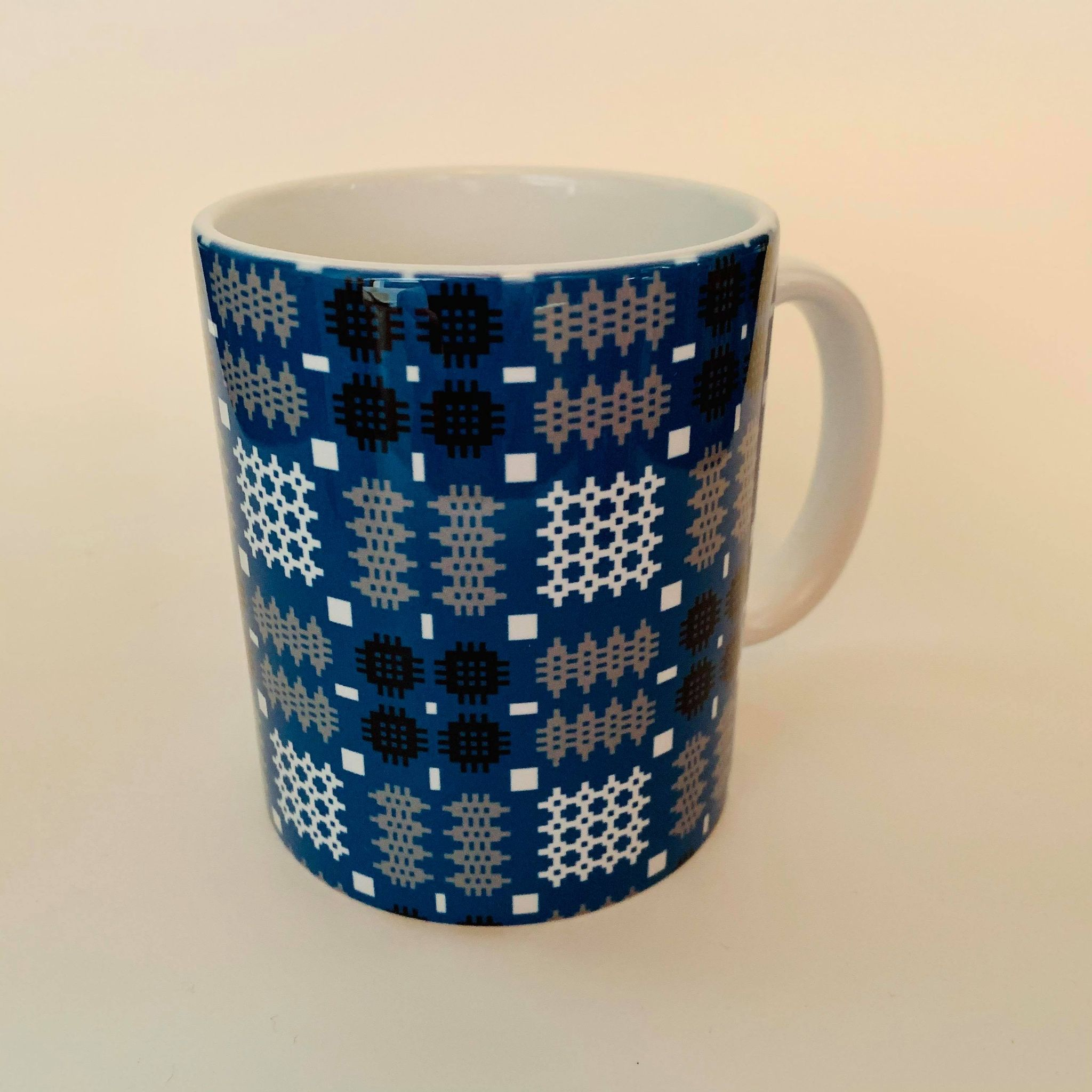 Blue Welsh Tapestry Mug Plain