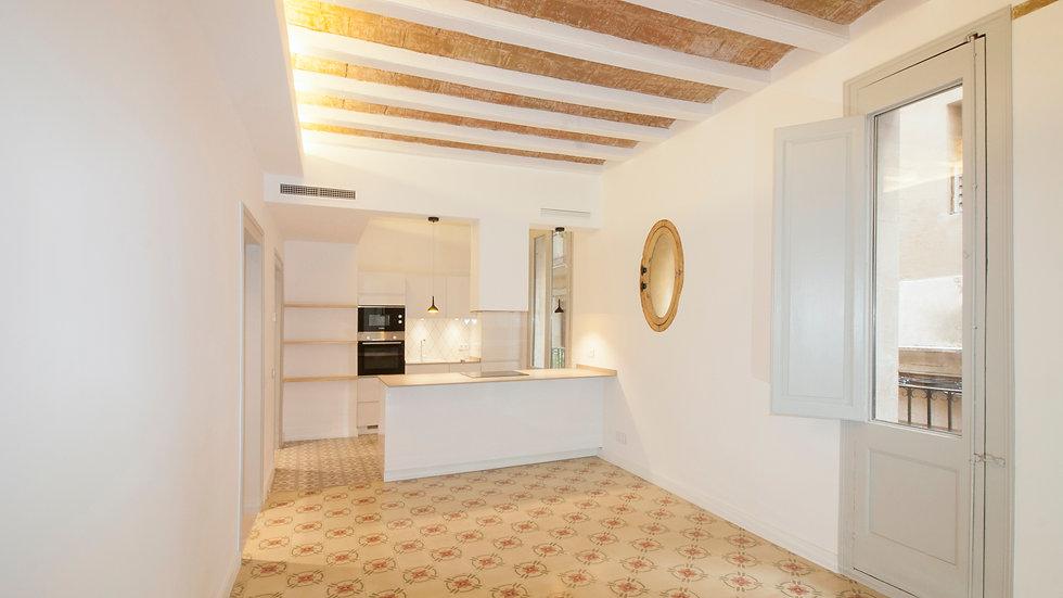 Apartamento recientemente renovado en Carrer de Sidé