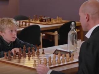 Amatørenes mester:                            Henrik Elvestad vs. Aksel Bu Kvaløy