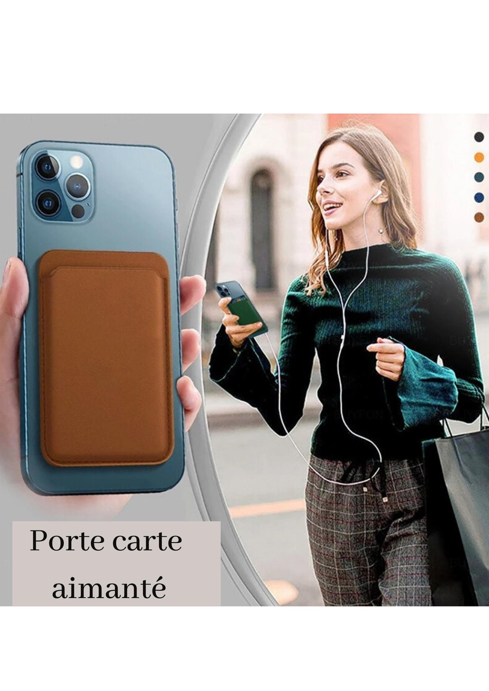 Femme avec porte carte