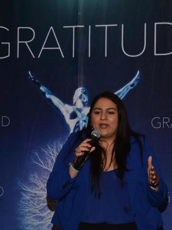 Fundadora y Directora de Misión Gratitud