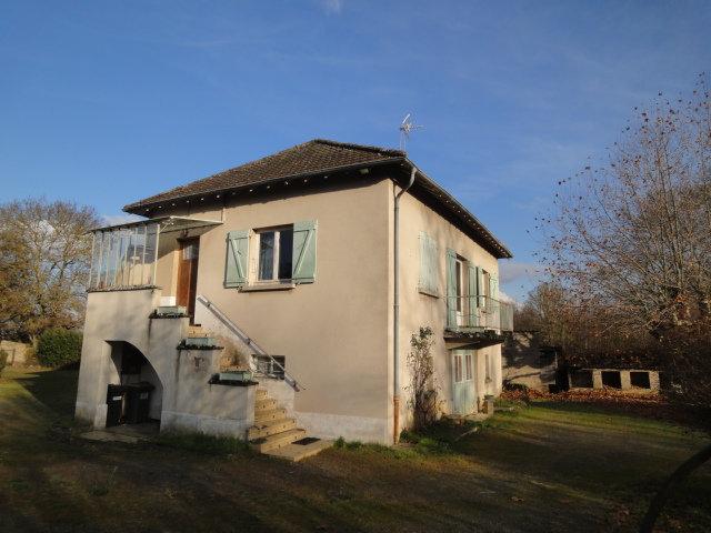 10 min nord CLUNY : Axe Cluny - Cormatin, maison de 1955 à rénover.