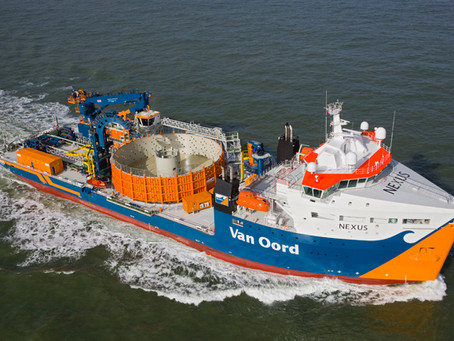 How do cable lay vessels work?
