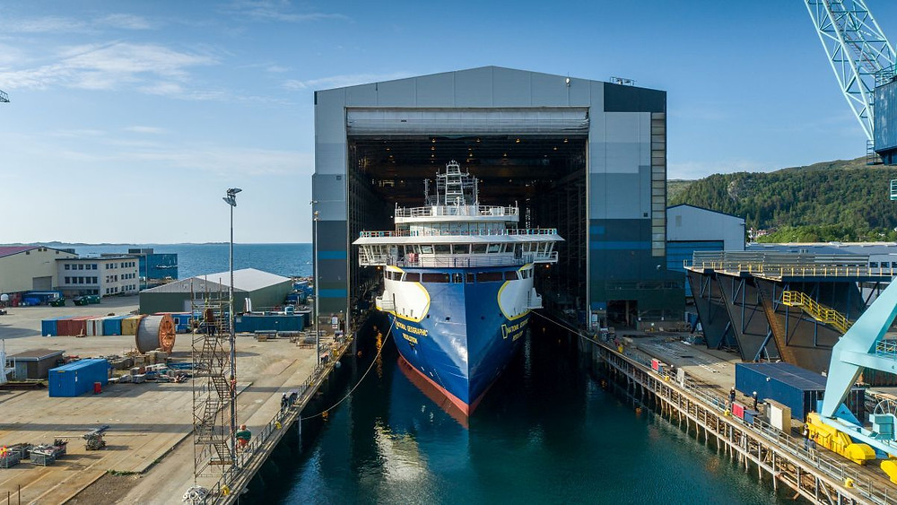 NatGeo ship exiting shipyard