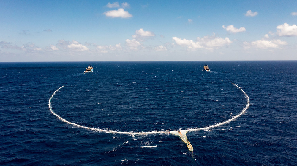 The Ocean Cleanup's plastic cleanup system in the Pacific Ocean